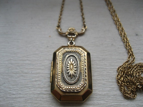 Vintage locket necklace