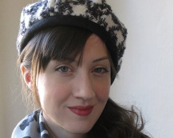 Wool Beret In Gray and White Houndstooth