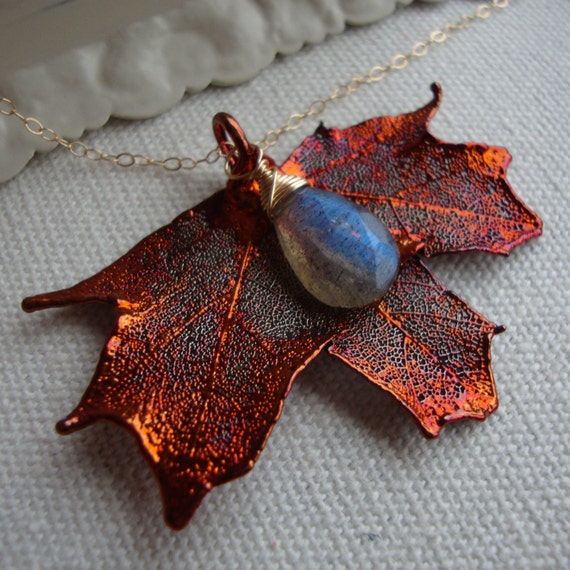 Real Maple Leaf Necklace with Labradorite 14Kt Gold Filled, maid of honor, lovely gift, wedding, leaf jewelry, natural copper leaf
