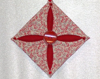 Cathedral Window Quilted Ornament