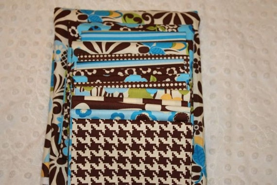 Modern Grace Quilt Kit in Brown and Blue