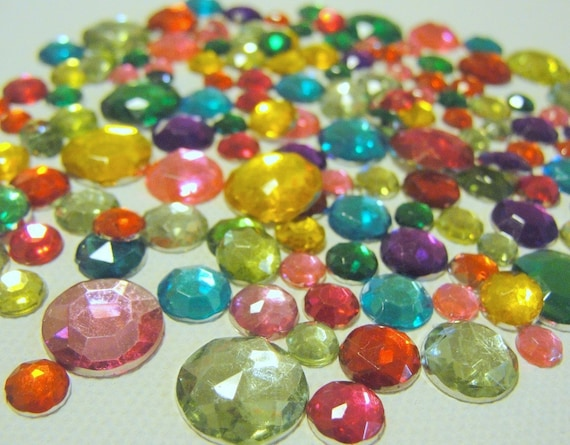 Acrylic flatback jewel toned round gems for crafts for Plastic gems for crafts