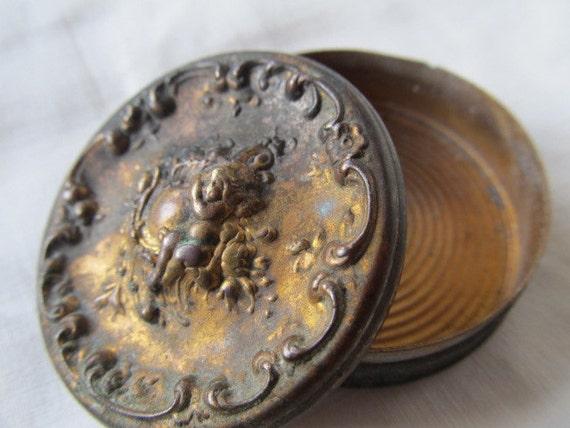 Victorian Era Cherub Brass Snuff Box...jff