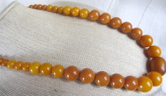 SALE Vintage BAKELITE Butterscotch, Pumpkin And Caramel Graduated Beaded Necklace OOAK Was 165.00 Now 139.00