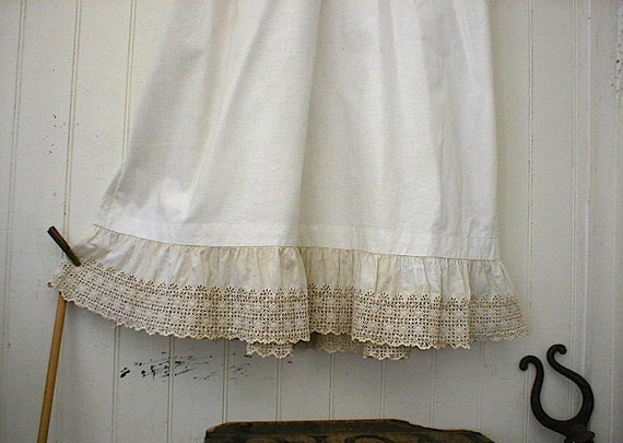 Victorian petticoat, flat front maxi skirt - medium large waist - white heavy cotton embroidered lace