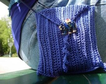 Blue tendrils - a purse crochet pattern