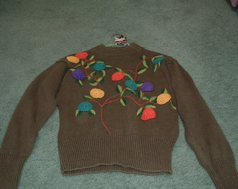 Lovely Green Vintage pullover sweater