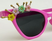 BIG SALE Vintage style Pink sunglasses cateye flowers