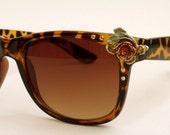 BIG SALE Vintage style LEOPARD tortoise sunglasses rhinestones