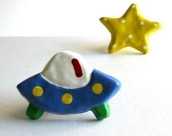 Blue Flying Saucer UFO Knob - kids room dresser drawer knob