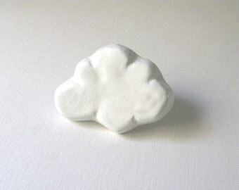 White Cloud Dresser Knob