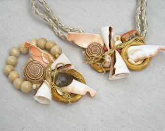 SEA BAUBLES an 80s Boutique Style deadstock Necklace Bracelet Earrings SEASHELLS galore