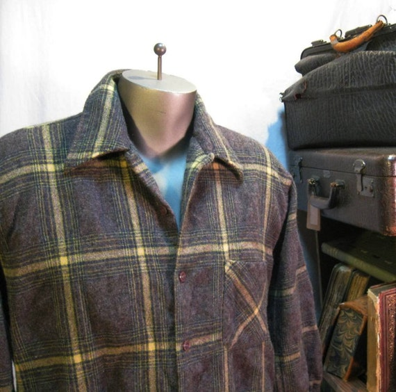 REI shirt wool plaid vintage button loop collar Brown and Gold M L