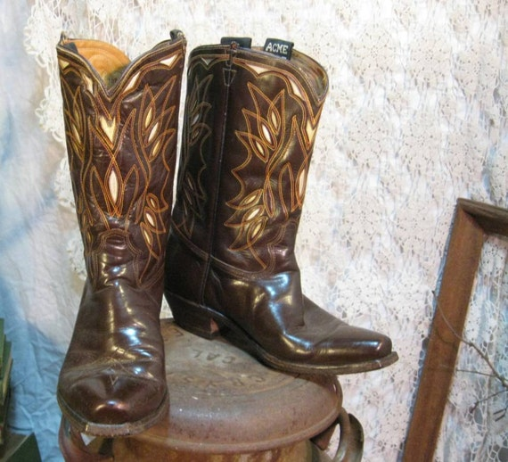 Vintage cowboy boots  Acme cloth pull Inlay  boots 8 D