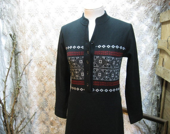 Black Fair Isle dress 70s Vintage Boho Maxi Qiana Nylon