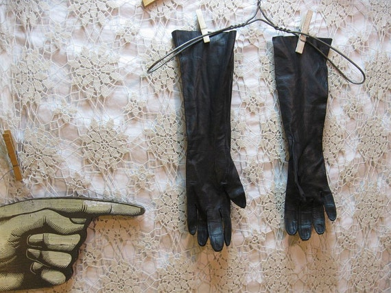 50s Long Black Leather gloves