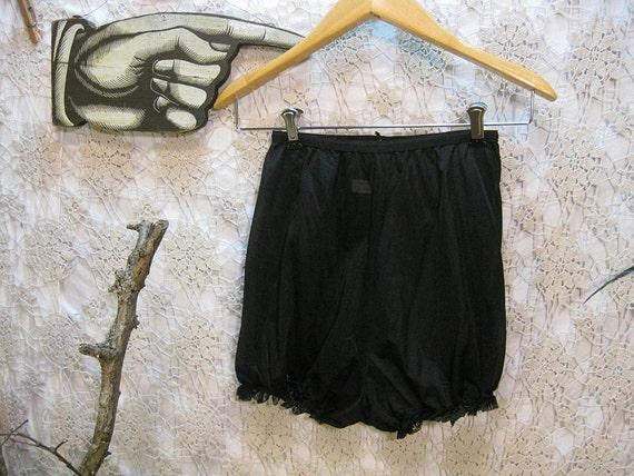 40s Nylon vintage Panties Sheer Black lace ruffles Kayser knickers pin up granny panties