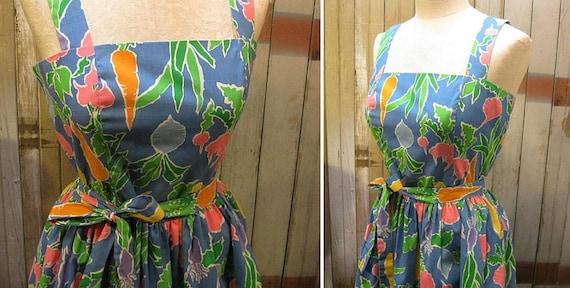 Vegetables Vintage Dress Carrot Radish Beets Farmers Market 70s  sundress  s m