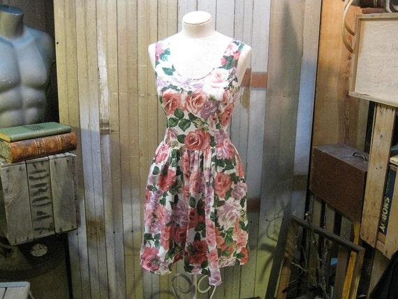 Rose Garden Vintage Dress Summer picnic  Sundress S M