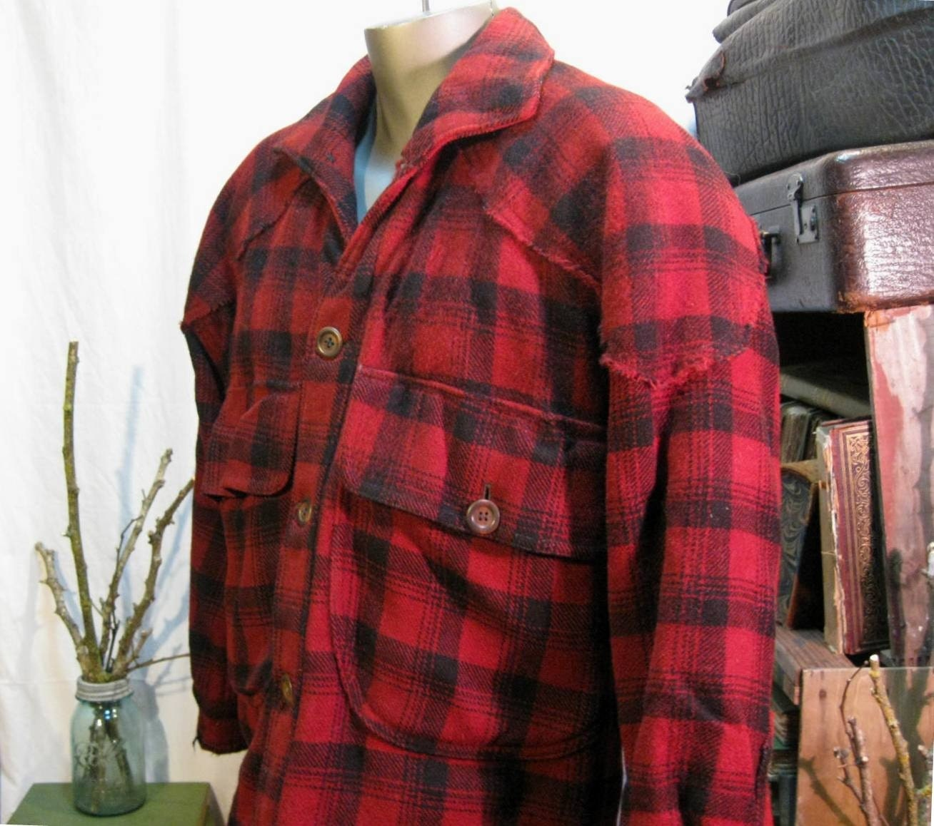 Size: X-LargeColor: Red Black Plaid Verified Purchase Great jacket, amazing price, wanted one forever, when I saw it on sale I jumped on it. It is the real deal if anyone is concerned/5(49).