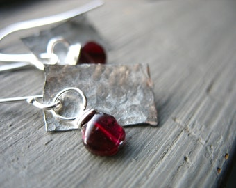 Garnet Earrings, Handmade Garnet Earrings, Metalwork Garnet Hammered Silver Earrings, Garnet Jeweler, Birthstone Earrings