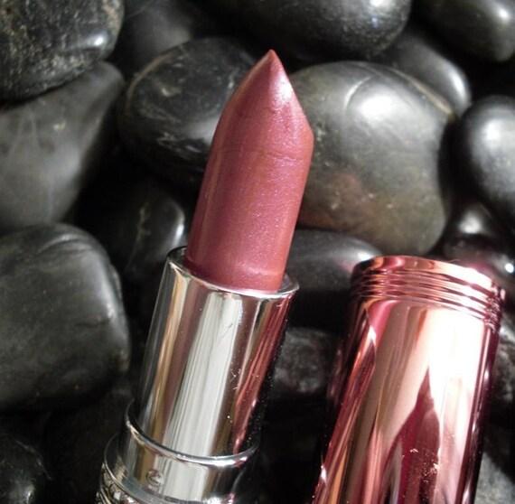 Rosebud Lipstick Tube CHEMICAL FREE No Harmful Natural Ingredients Vegetarian Gluten Free