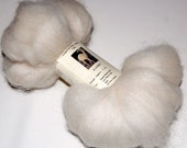Baby Alpaca White Roving for Spinning and Felting 2 oz.