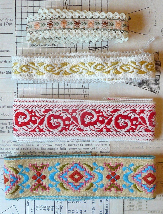 Vintage Embroidered Linen Trim- Lot of 4 different gorgeous trims