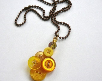 Honey Gold Yellow Vintage Button Pendant Necklace - Button Jewelry