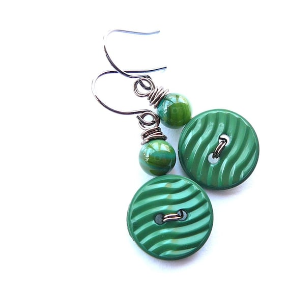 Bright Grass Green, Ripple Texture  Vintage Button Earrings - Fun Jewelry