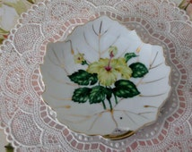 Vintage Floral Candy dishes - 2 Candy dishes