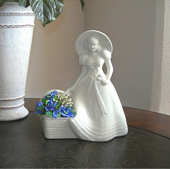 White Pottery Lady Planter No. 954, Shabby Cottage, Circa 1940-50s Figural Pottery
