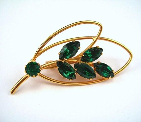 Vintage Rhinestone Brooch, Emerald Green Leaf Shape Simple Elegance 1960s Costume Jewelry