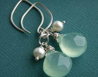 Aqua earrings Aqua blue bridesmaid earrings, aqua blue chalcedony, freshwater pearl earrings, beach wedding, sterling silver dangle earrings