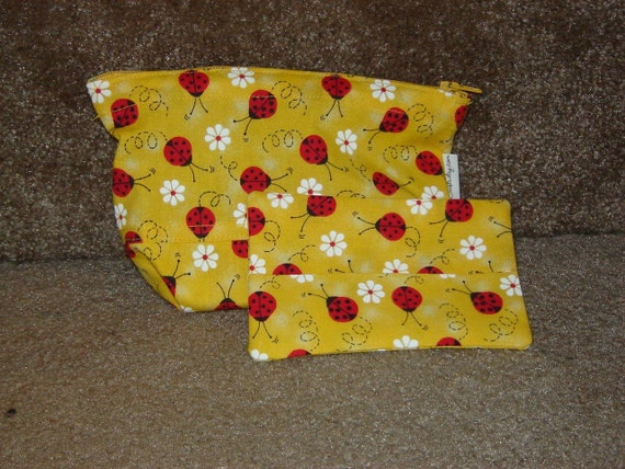 Zippered Pouch with Tissue Cozy-Yellow Ladybug (Zip 3-G)