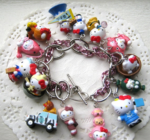 Hello Kitty Charm Bracelet Style 17
