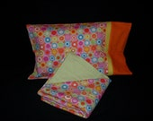 Bright Circles Flannel Travel Set with Blanket and Pillowcase