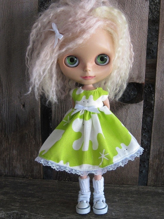 dolly molly LIME HIPPOS dress with lace for BLYTHE doll
