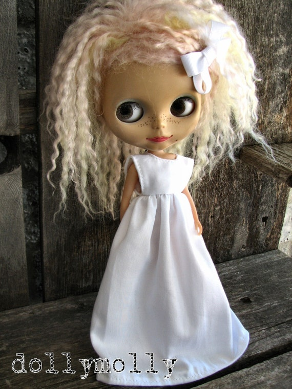 dolly molly gown pure white dress and bow for BLYTHE doll