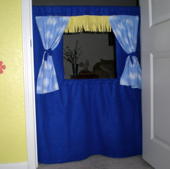 how to make puppet show curtains
