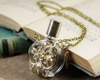 Perfume bottle bubble necklace love potion filigree long retro gold vintage style victorian retro skeleton key rose