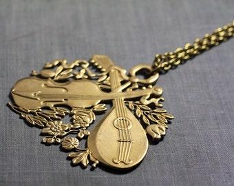 Music necklace retro brass renaissance vintage long chain violin mandolin
