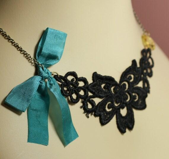 La Femme black lace applique necklace