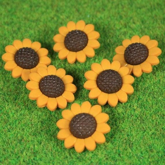 Yellow Sunflower Novelty Buttons