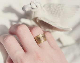 Antiqued brass adjustable feather ring. Wrap ring, bohemian, simple, casual, bridesmaid jewelry