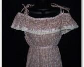 ON SALE Vintage 70s Shoulder Tie Floral Pink Sun Dress S M