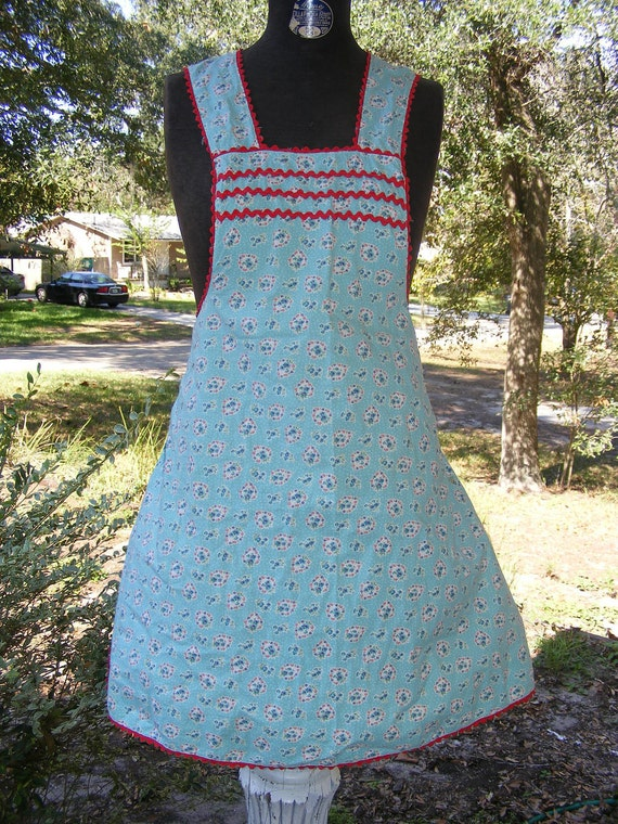 Vintage Full Apron of Floral Turqoise Fabric with Small Flowers and Red Rick Rack Trim