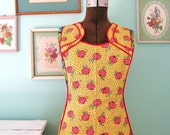 Cooking Cutie... Vintage Feedsack Floral Full Bib Pinafore Style Apron