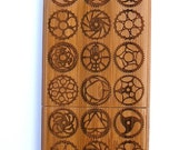 Bamboo iPhone 4/4s case - Bicycle chainring motif