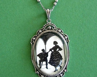 A NIGHT IN SEVILLE Necklace - pendant on chain - Silhouette Jewelry